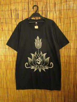画像1: 黒色*コットン素材*抜染プリント*ロータス*半袖Tシャツ*L